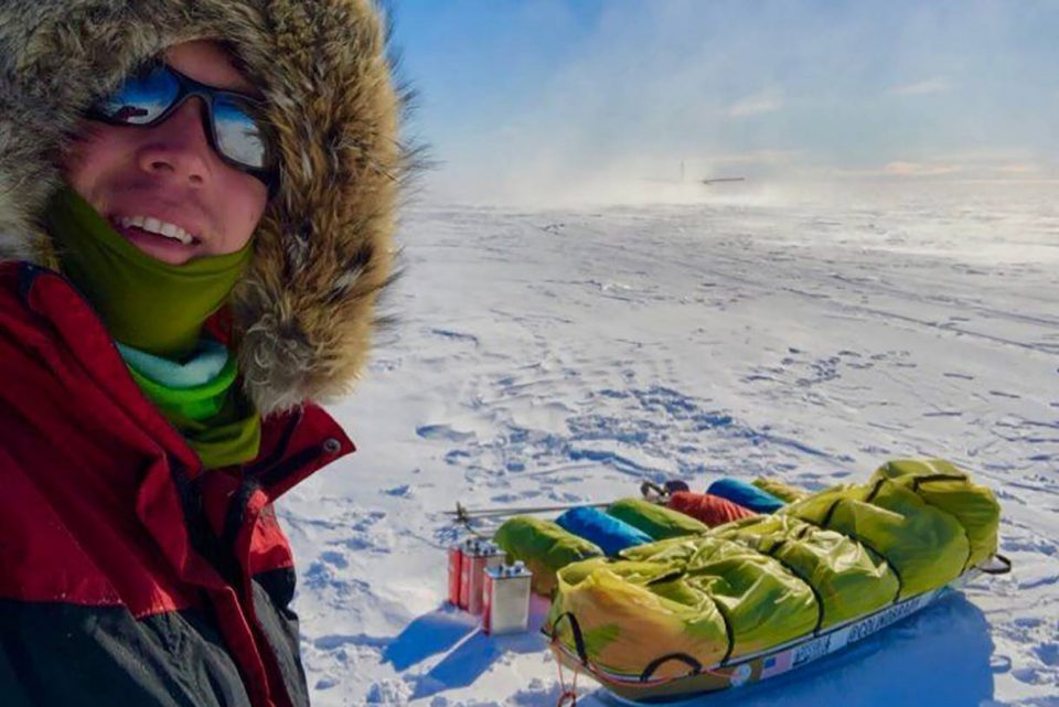 За првпат во историјата човек сам го премина Антарктикот