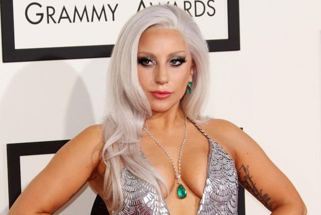 Бремена сум, Лејди Гага ги шокираше фановите