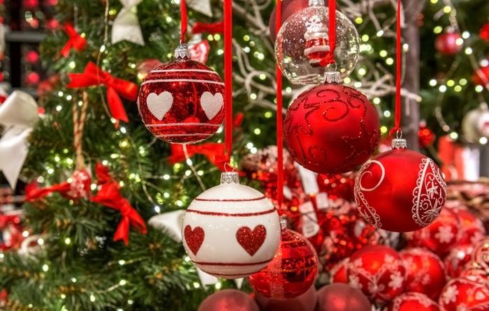 Најголемите трендови за украсување новогодишна елка