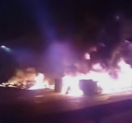 """Хаосот продолжува, """"жолтите елеци"""" палат во Франција: Патарините во пламен, има и жртви"""