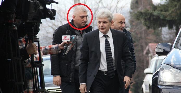 """Приведен шоферот на Али Ахмети, """"Алфите"""" му поставиле зaceдa, го пpивeлe во ПС Ѓорче Петров!"""