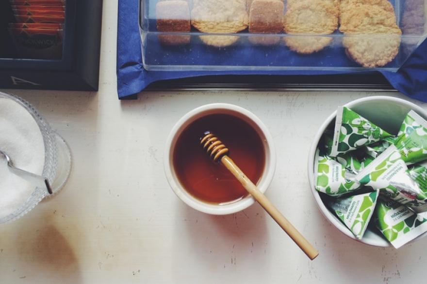 Како да откриете дали медот е природен