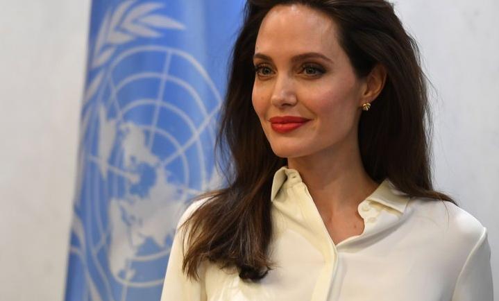Анџелина Џоли во трка за претседател на САД
