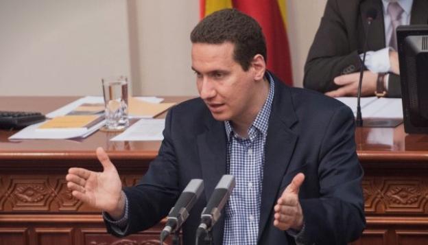 Ѓорчев: Дајте ни ги нам таблите каде што пишува Република Македонија, ние ќе ги чуваме