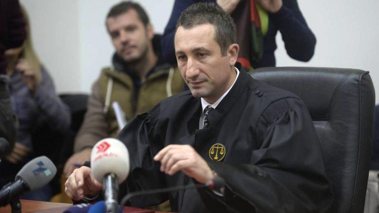 Нема коментар: Џолев ќе бара повеќе информации од судот за условната казна за сообраќајката кај Млечен