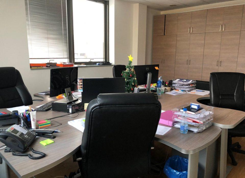 Скопјанец синоќа нападнат од свој колега на работно место