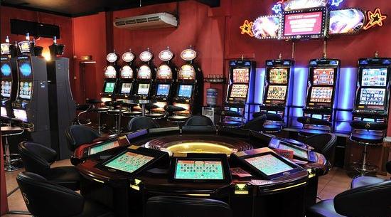 Општините бараат дел од данокот што казината ѝ го плаќаат на државата