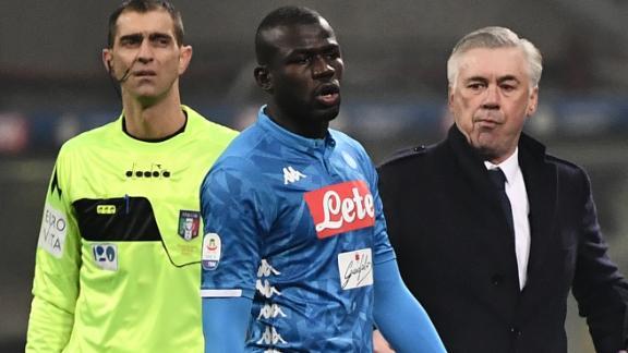 УЕФА ги осуди расистичките навреди на фановите на Интер кон Кулибали