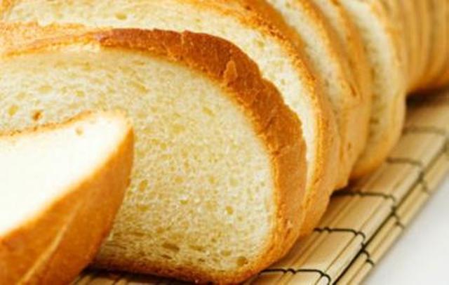 Димитриевски: Од поскапувањето на лебот на удар ќе бидат најсиромашните