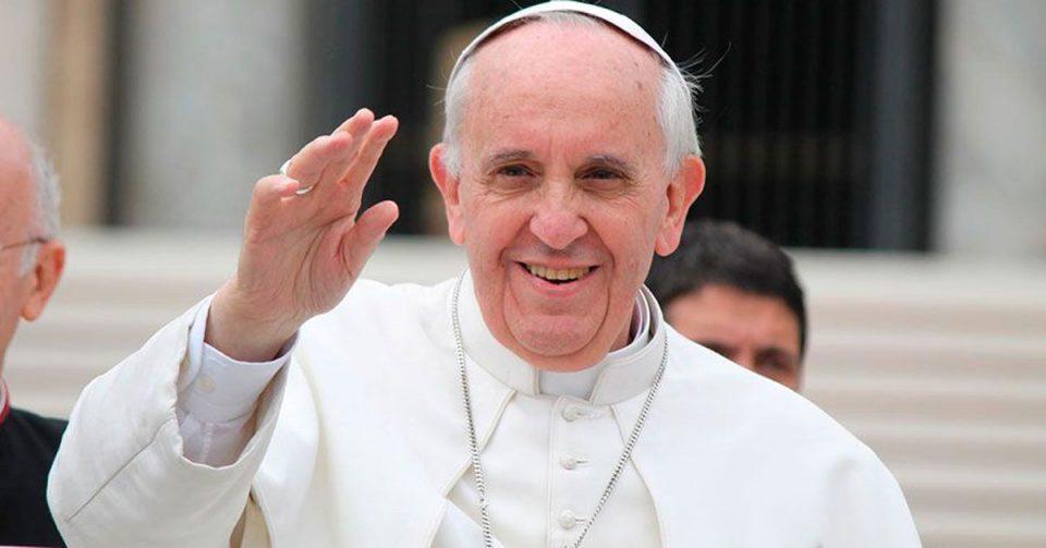 Папата призна дека свештеници сексуално малтретирле калуѓерки