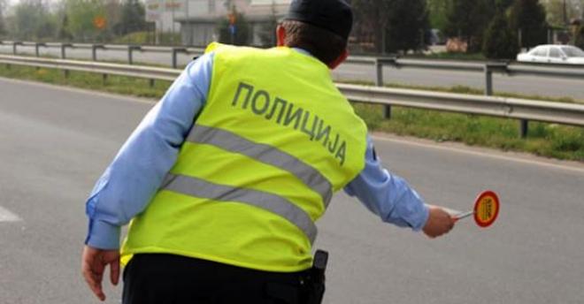 Никако да престане брзото возење низ Скопје: Вчера казнети 77 возачи