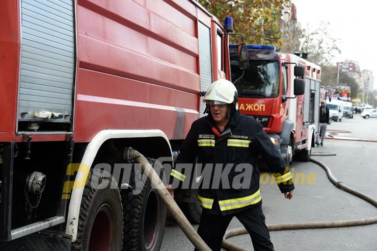 Се запали ресторан во Бутел, зафати и камион паркиран до него