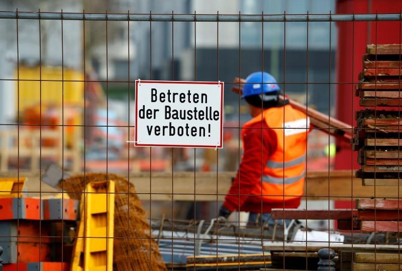 Работниците во Германија имаат помали плати и скратено работно време