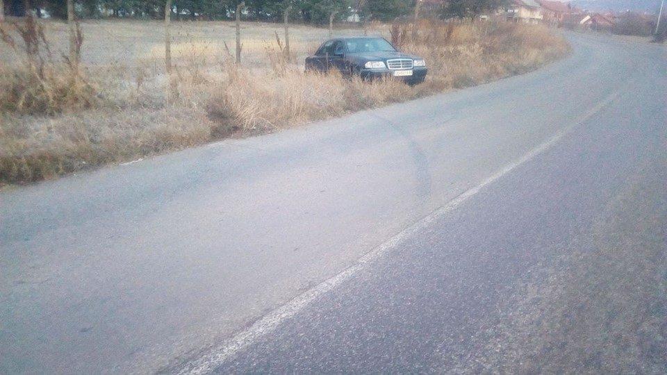 Автомoбил излета од автопатот Скопје – Тетово: 33-годишен тетовец тешко повреден