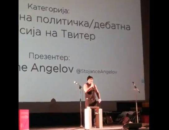 Што е многу, многу е: Стојанче Ангелов, кршеше ќерамиди во полна сала публика!