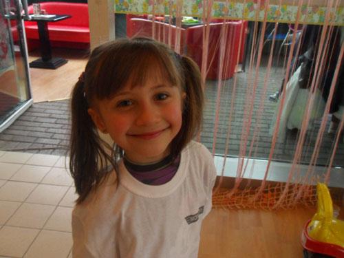 Поради нецелосни докази, одложено рочиштето за малата Тамара