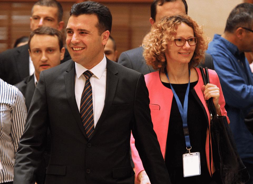 Заев ја укинува позицијата на Шекеринска во СДСМ