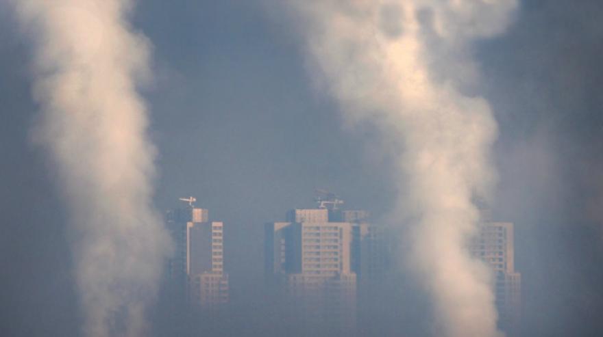 Вкупно 1.600 луѓе во Македонија годишно умираат од загаден воздух (видео)