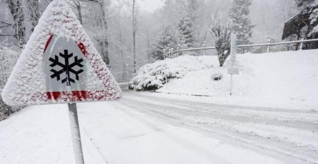 Снег и смрзнат дожд денеска во Македонија: Какво време не очекува од сабота?