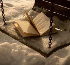 Битолската библиотека ќе ја награди најдобрата фотографија на книга и зима