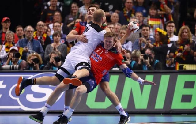 Норвешка и Данска ќе играат во финалето во ракомет