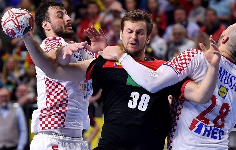 Судиите им го одзедоа поуфиналето на Хрватите