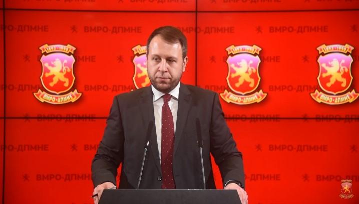 Јанушев побара одговорност од Заев, министрите и советниците за скандалот со издавање државни тајни
