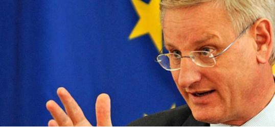 Карл Билд предупреди дека Франција, Холандија и Данска го дестабилизираат Балканот