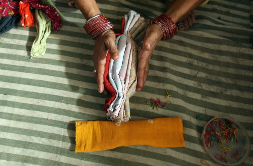 Краставици ќе се расипат ако ги допре жена додека има менструација