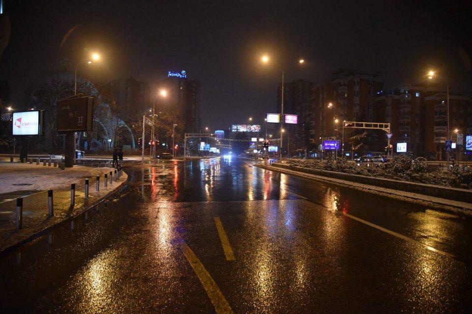 ЦУКС: Улиците и булеварите се чисти, но возете внимателно
