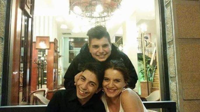 Мајката на исчезнатиот Пино на протест пред Собрание: Точно 77 дена го нема мојот син!