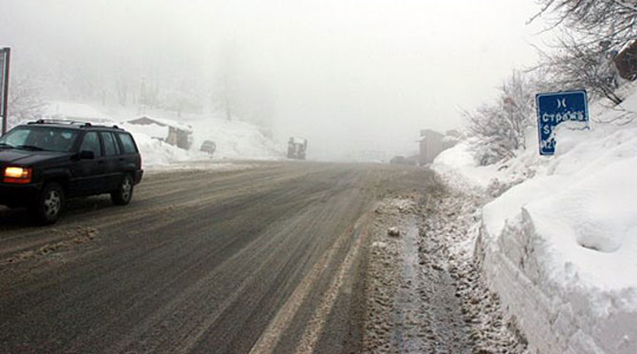 Ниски температури, снег, голомразица и влажни коловози: РСБСП апелира на внимателно возење