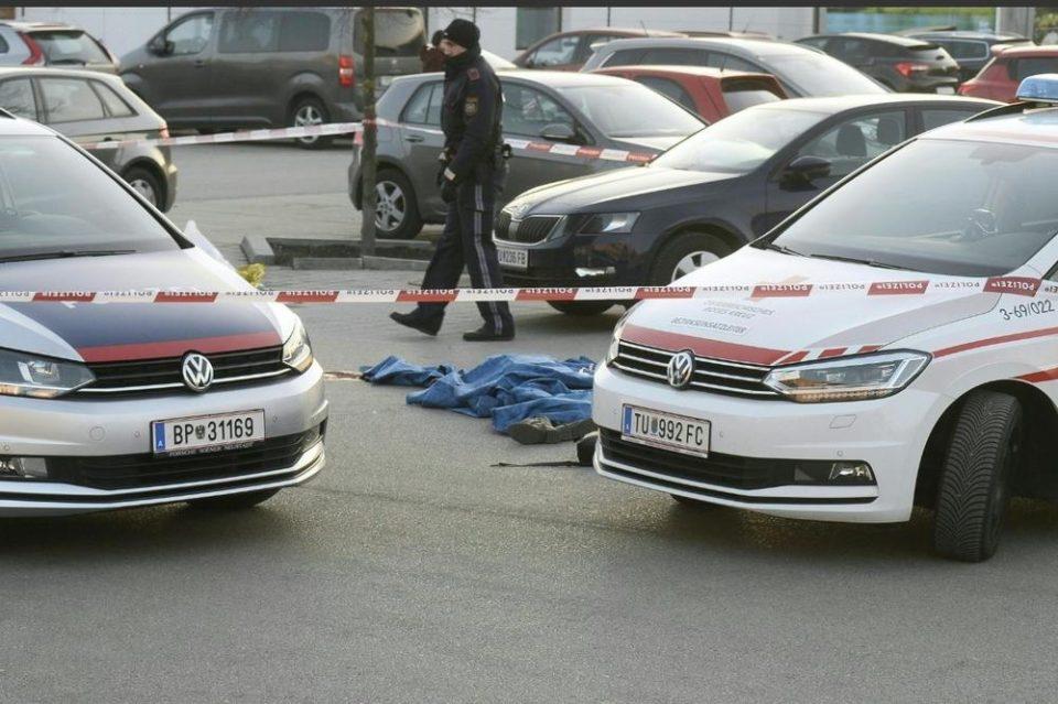 Македонец со нож во врат ѝ пресудил на сопругата на паркинг во Австрија
