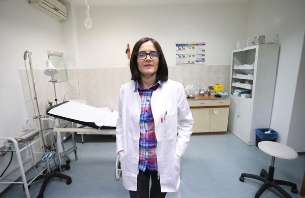 Млада докторка од Македонија ја прифати понудата на хрватското гратче, ќе има плата, стан и годишен бонус од 6 800 евра!