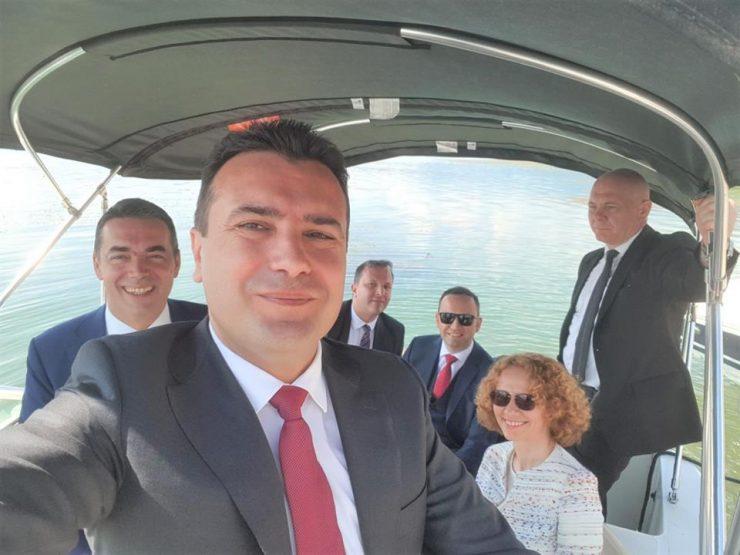 Донев: Заев дојде на власт за да го смени името на државата, а не да ја внесе Македонија во ЕУ и НАТО
