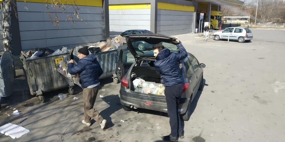 Паднаа првите казни: Несовесни скопјани казнети за фрлање шут