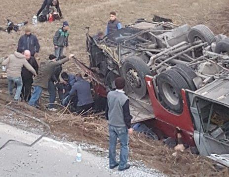 Со мои раце извадив 4 мртви тела и 2 повредени – очевидец раскажува за трагедијата на патот Скопје – Тетово