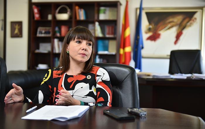По излегување од ОЈО, Царовска сега нагласува дека скандалот за пензиите е само системска грешка