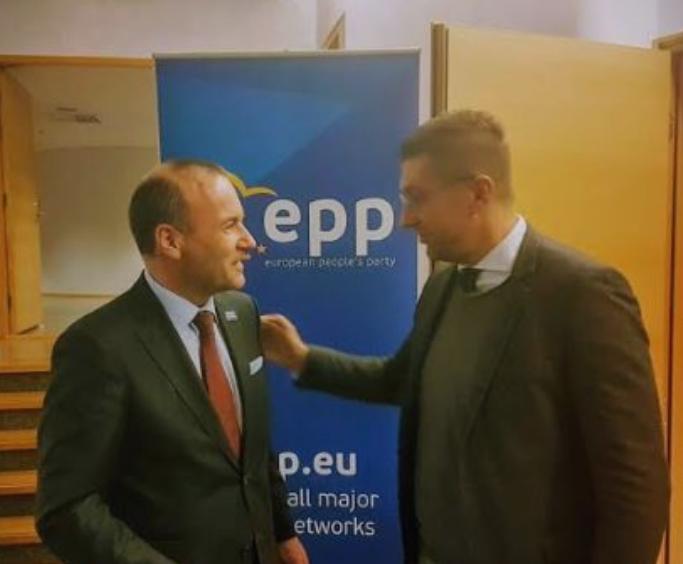 Вебер до Мицкоски: Со нетрпение очекувам да продолжиме на овој пат заедно со вас, заедно можеме да победиме на европските избори