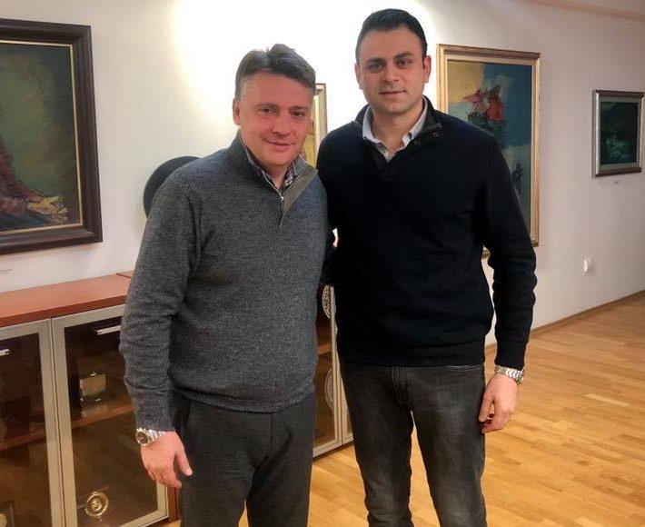 10 000 евра му натежнале на раката на Александар Ружин