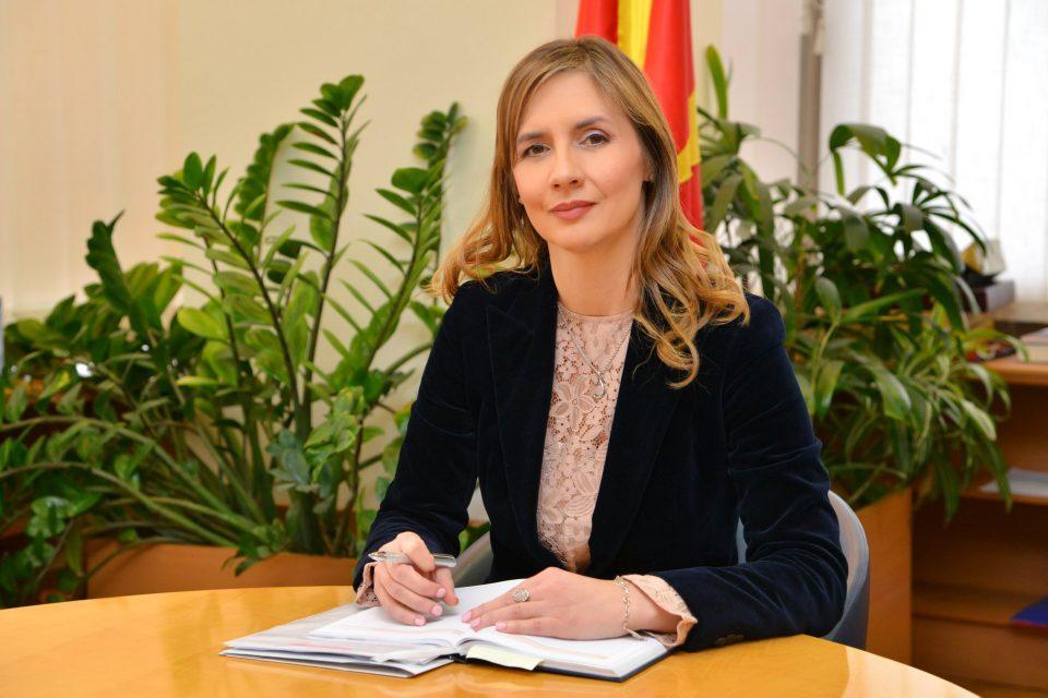 Ангеловска-Бежоска: Дозволата за работа на Еуростандард и беше одземена откако беа исцрпени сите можности што банката ги имаше на располагање