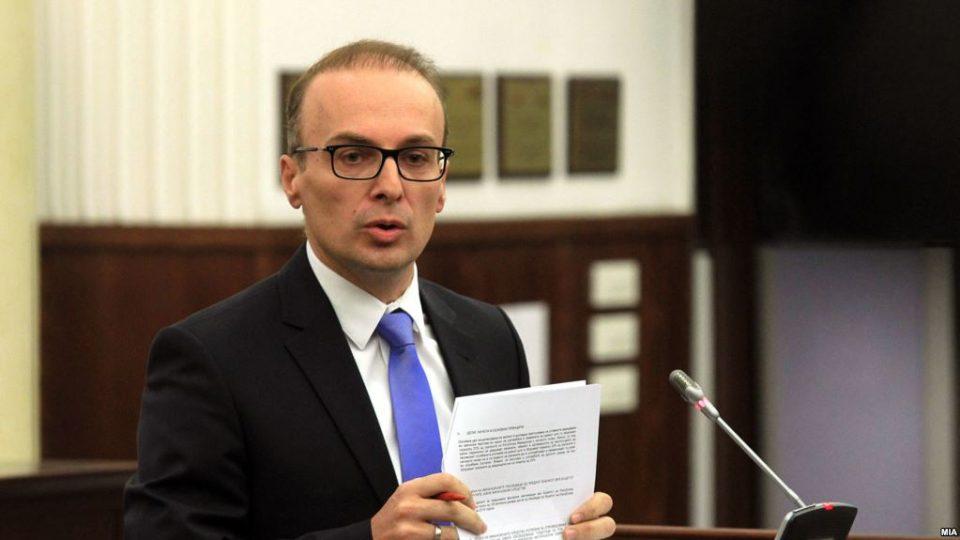 Милошоски: Димитров ги понижи пратениците во Собранието, но и новинарите и јавноста