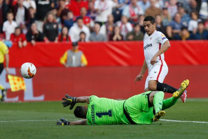 Севилја е првиот осминафиналист во Лига Европа