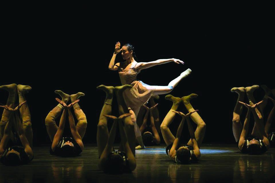 """Танцовиот театар од Кина со """"Будење"""" утре гостува на сцената на МНТ"""