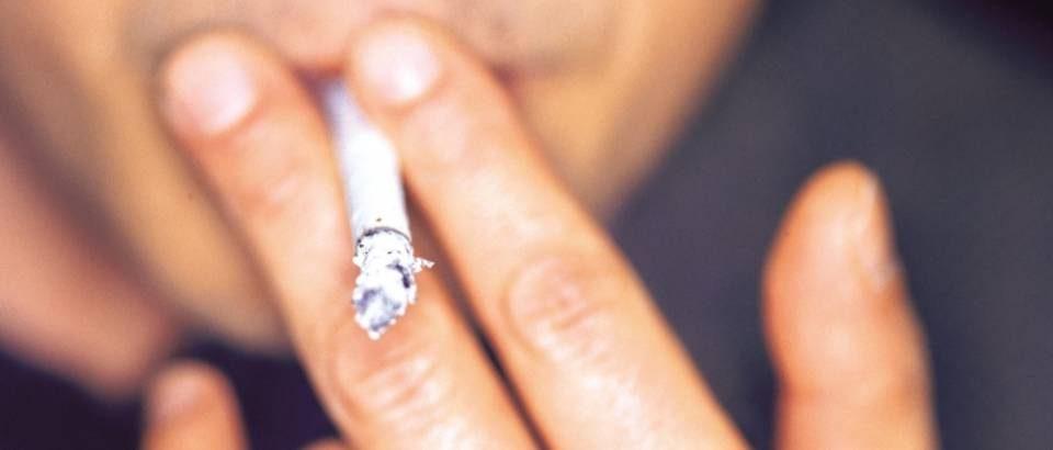Поскапуваат цигарите во Македонија, една кутија ќе чини и до 300 денари