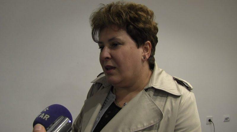 Не сам знајала: Пратеничката од СДСМ Мира Стојчевска не знаела дека синот аплицирал за работа во ЕЛЕМ