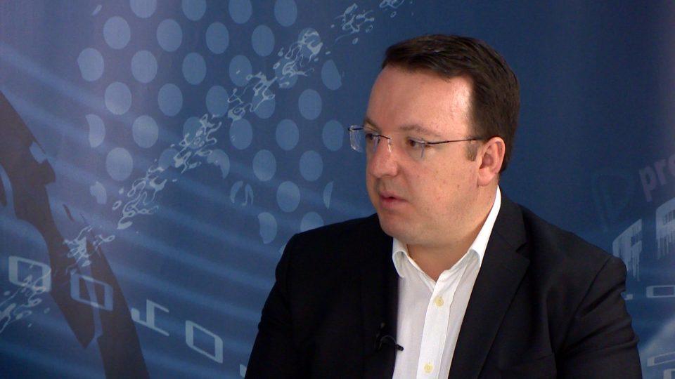 Николоски: Не еден, туку многу бизнисмени се рекетирани, а вкупната сума на побарани средства и добиени надминува 20 милиони евра