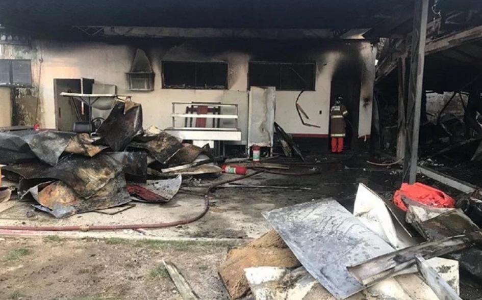 Десет млади фудбалери изгореа во пожар во Бразил