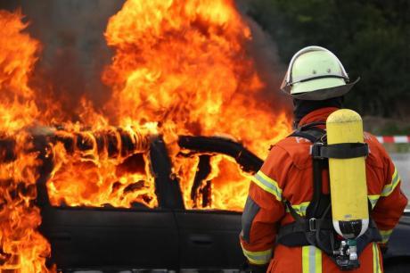Голем пожар крај Атина, евакуација на околни места