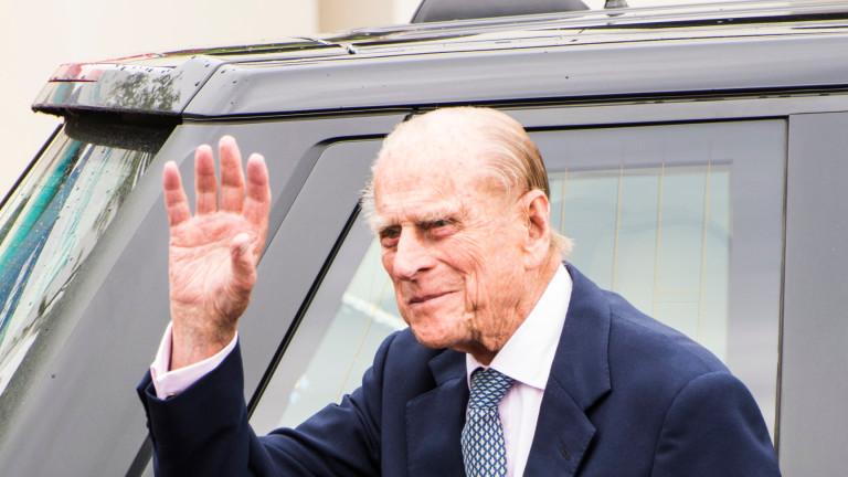 Британскиот принц Филип успешно опериран поради проблеми со срцето